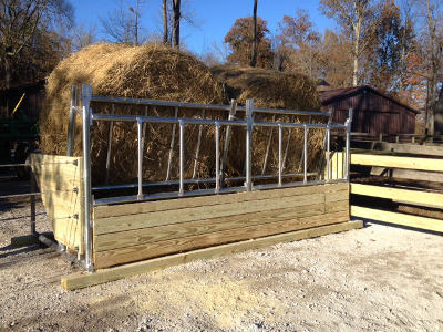 Horse Amp Cattle Hay Feeders Klene Pipe Structures